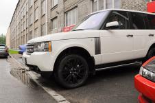 Range Rover - покраска дисков в черный цвет