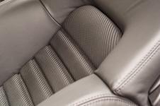 Ferrari 360 Modena перешив сидений из карбоновой кожи