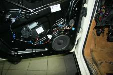 Porsche Cayenne  установка Тыловой акустики Morel Dotech Avation 6